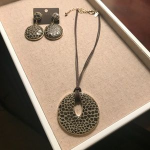 Olive green and gold earrings and necklace set